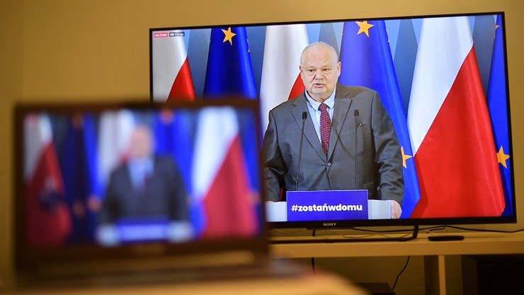 Adam Glapiński, prezes NBP, w czasie konferencji prasowej
