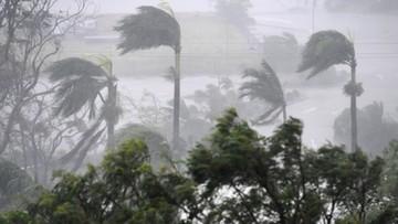 Potężny cyklon Debbie zaatakował Australię