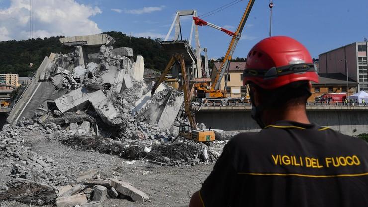 41 ofiar śmiertelnych katastrofy w Genui. Strażacy dotarli do ciał rodziny