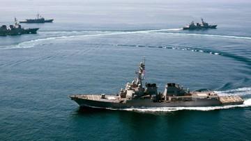 Chińczycy nakryli w pobliżu swoich sztucznych wysp amerykański niszczyciel rakietowy