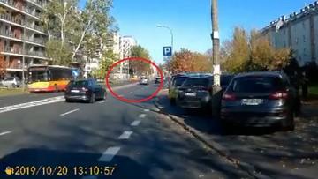 Nagranie z wypadku na Bielanach. Kierowca bmw wjechał w rodzinę na pasach