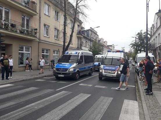 """""""Płock napędza równość!"""". Marsz Równości po raz pierwszy przeszedł ulicami miasta"""