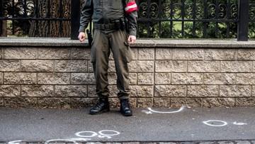 Nożownik zaatakował żołnierza przed ambasadą w Wiedniu. Został zastrzelony