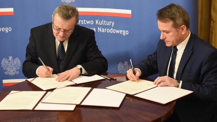 """""""Upamiętnienie rotmistrza Pileckiego"""". Minister kultury podpisał umowę o prowadzeniu Muzeum Dom Pileckich"""