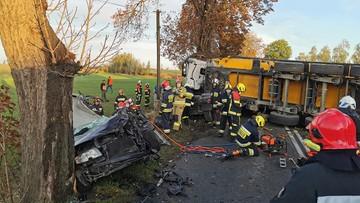 Wypadek w Gołębiewku. Zginęła jedna osoba, trzy zostały ranne