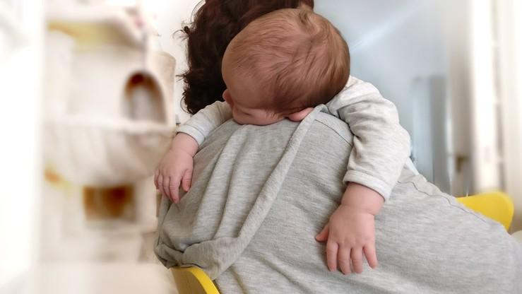 """""""Izolowanie dziecka przez jednego z rodziców jest formą przemocy"""". RPD pisze do Ziobry"""