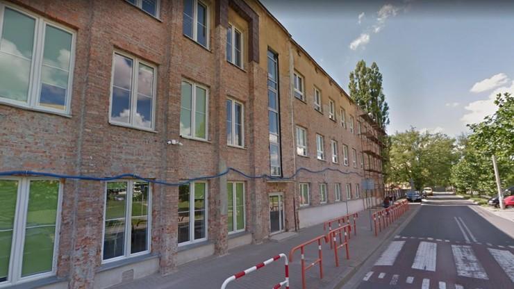 Ewakuacja liceum w Warszawie. W szkole czuć było gaz