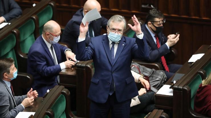 PiS przegrało w Sejmie. Posłowie Solidarnej Polski i Porozumienia głosowali z opozycją