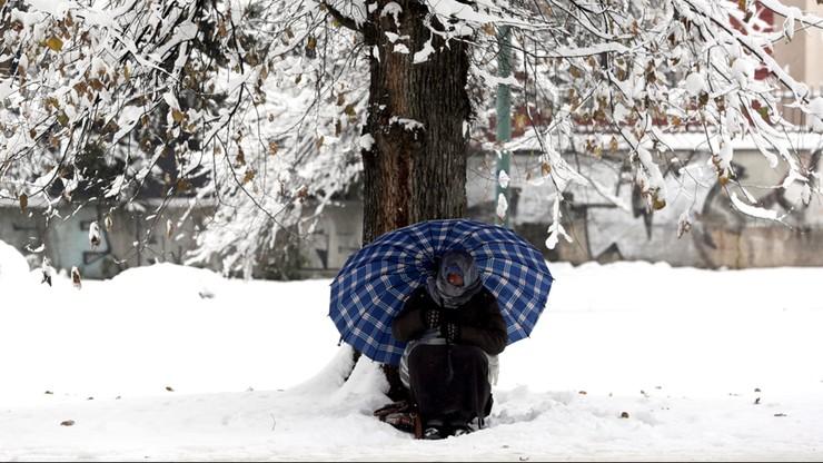 Tysiące migrantów utknęły z powodu zimy w Bośni