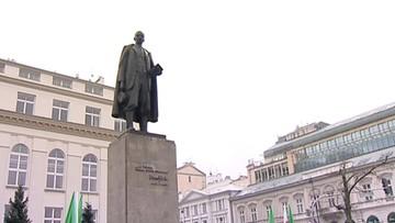 """W środę w Warszawie wiec przeciw ustawie dot. obrotu ziemią. """"Ta ustawa jest zamachem na własność ziemi"""""""