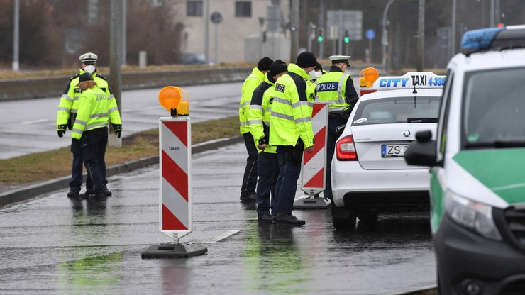 Niemcy: otwarto pierwszy punkt testów na SARS-CoV-2 na przejściu Linken-Lubieszyn