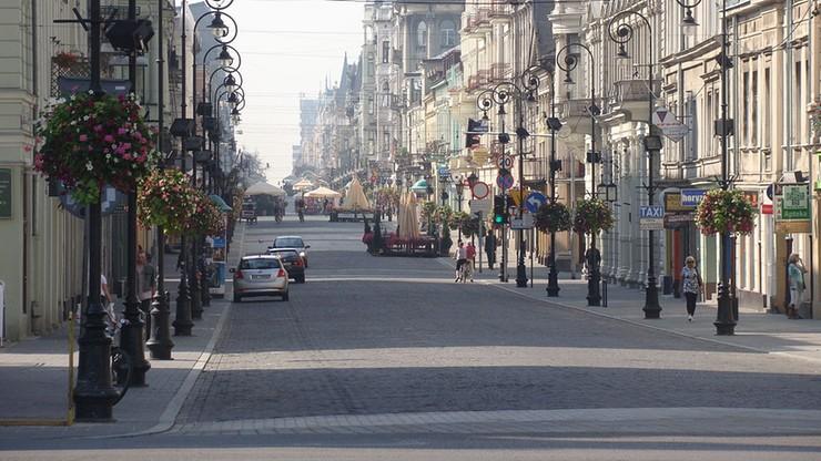 10 miesięcy więzienia za pobicie obcokrajowców w Łodzi. Zatrzymano tylko jednego napastnika