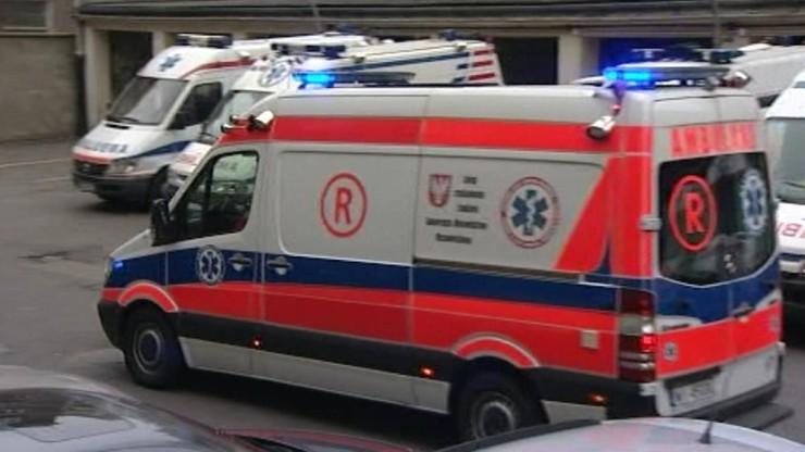 Pacjent wpadł w szał i poturbował ratowników