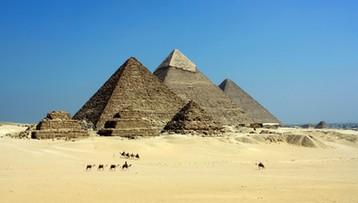 Kilkadziesiąt mumii odkryli polscy archeolodzy obok najstarszej piramidy świata