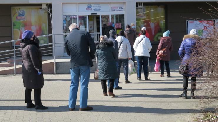 """Wzrost zakażeń w Olsztynie. """"Ludzie mają w nosie te restrykcje"""""""