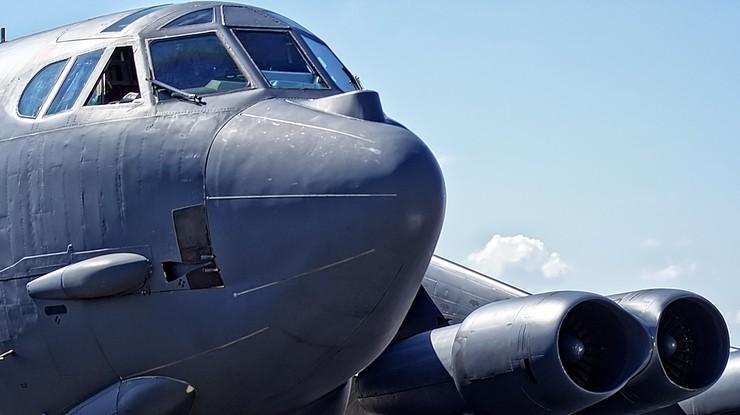 USA wysyła na Bliski Wschód grupę uderzeniową. W niej m.in. bombowce B-52