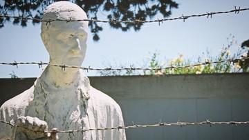 Węgrzy blokują strony internetowe negujące Holokaust