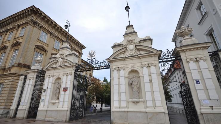 """Uniwersytet Warszawski przed """"Jagiellonką"""". Nowy Ranking Uczelni Akademickich"""