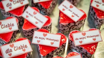 Walentynki. Według badań 79 proc. Polaków wierzy w miłość na całe życie