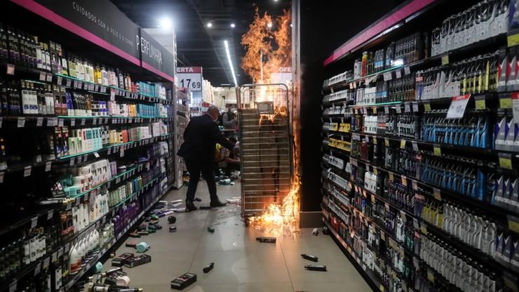 Brazylia. Śmiertelne pobicie przed sklepem. Ochroniarze z zarzutem zabójstwa, protesty w kraju