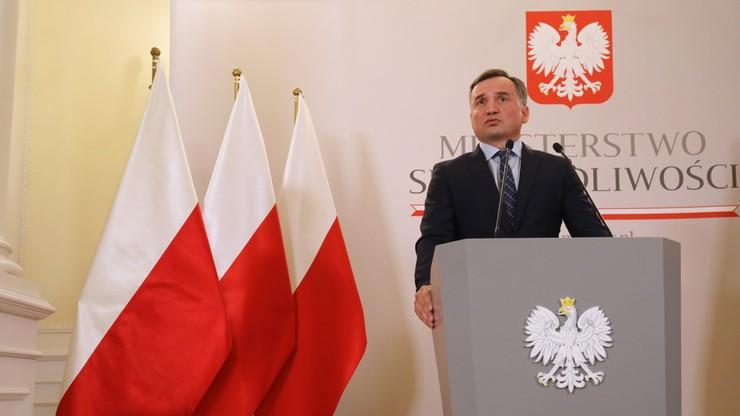Prokuratura: Jakub Banaś usłyszy siedem zarzutów popełnienia przestępstw
