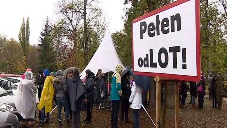 """Zarząd PLL LOT przedstawił strajkującym propozycję kompromisu. """"Nie przyjmujemy tej oferty"""""""