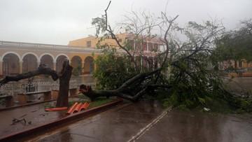 Potężny huragan Irma szaleje nad środkową Kubą