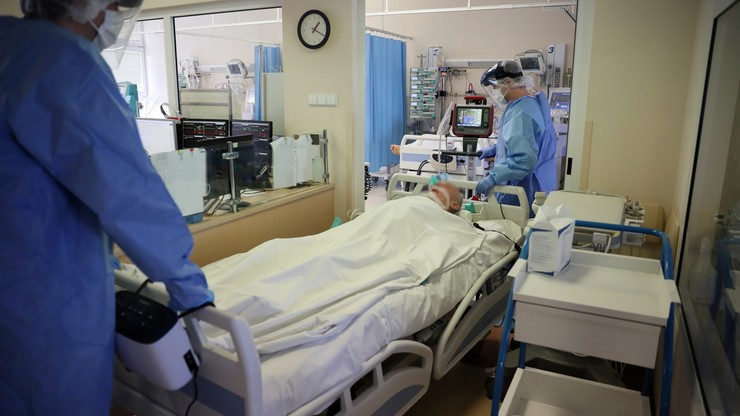Ponad milion zakażeń koronawirusem w Polsce. Liczba podwoiła się w niespełna miesiąc