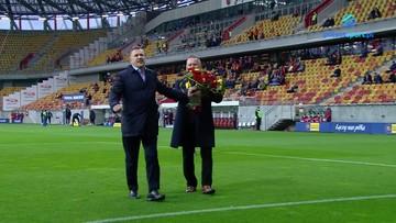 Cezary Kulesza odebrał pamiątkowy prezent przed meczem Jagiellonia - Lechia