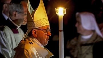 Wigilia Paschalna w Watykanie. Papież: nie można milczeć w obliczu niesprawiedliwości i cierpienia
