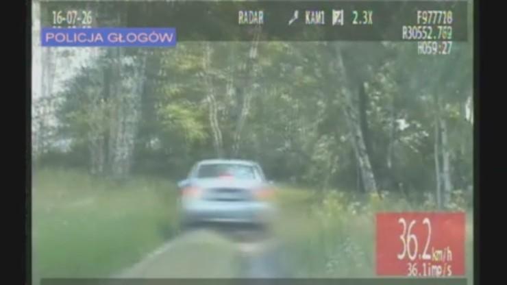 Pościg za pijanym kierowcą. Uciekał polnymi drogami