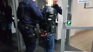 Byli pod wpływem narkotyków i uciekali przed policją. W aucie wieźli niemowlęta