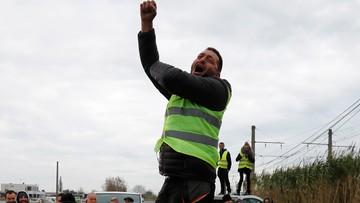 """Protest """"żółtych kamizelek"""" rozlewa się z Francji na Belgię"""