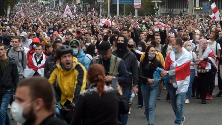 Kolejne ograniczenia dla dziennikarzy relacjonujących protesty na Białorusi