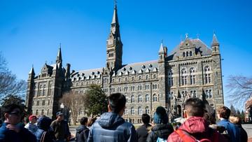 USA: uczelnia zarobiła na sprzedaży niewolników. Studenci chcą wypłacenia odszkodowań ich potomkom