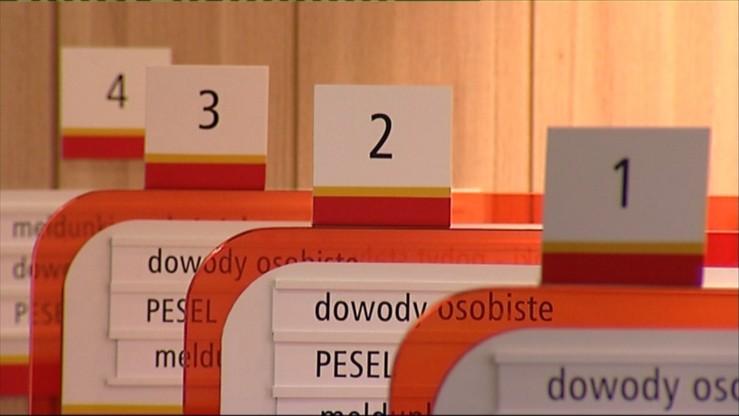 """Ministerstwo cyfryzacji: nie było """"wycieku"""" danych PESEL, były """"anomalie"""""""