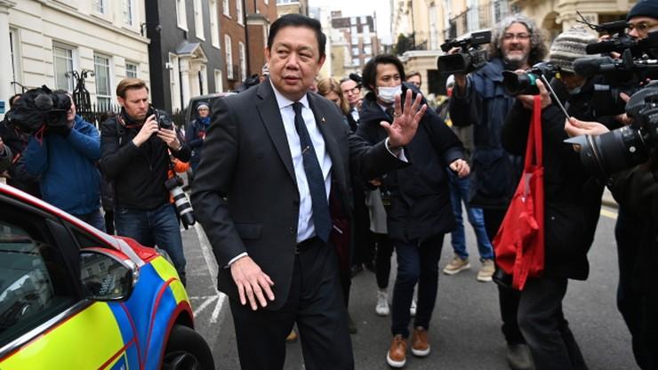"""""""Zamach stanu w środku Londynu"""". Ambasador spędził noc w samochodzie"""