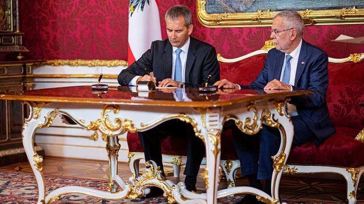 Prezydent Austrii odwołał rząd kanclerza Kurza