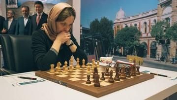 """Polska szachistka """"hejtowana"""" w sieci. Bo założyła hidżab"""