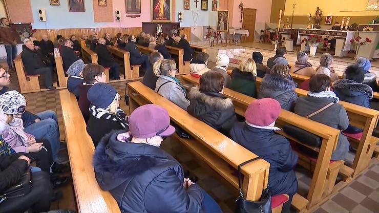 """""""Nie przychodźcie w niedzielę na msze święte"""". Apel do seniorów w Poznaniu"""