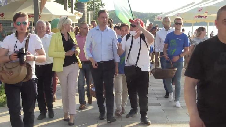 """""""Droga Polko i Polaku, postaw x przy Kosiniaku"""". Piosenka zwolenników kandydata PSL [WIDEO]"""