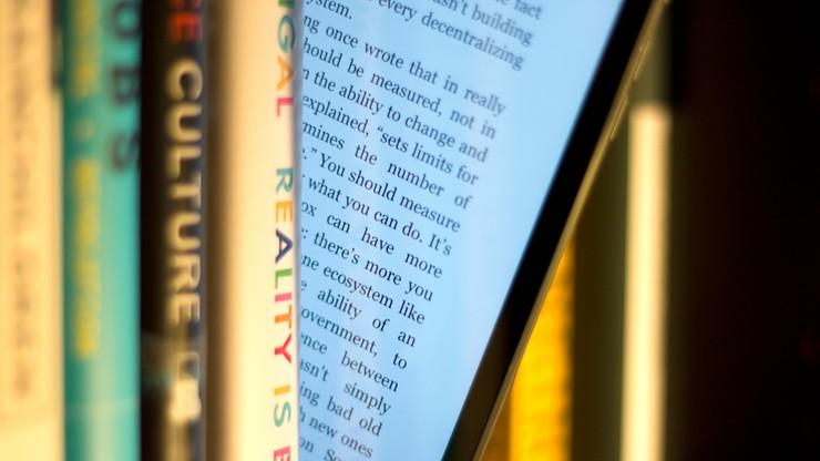 KE nie wyklucza niższego VAT-u na e-booki