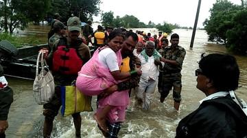 Już 144 ofiary śmiertelne powodzi na południu Indii