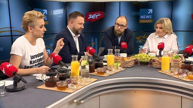 """Onet: Terlecki chce reakcji komisji etyki ws. Scheuring-Wielgus. Za napis na koszulce """"Jarosław Kaczyński jest tchórzem"""""""