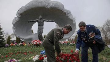 Uczczono ofiary Czarnobyla na Cmentarzu Mitinskim w Moskwie