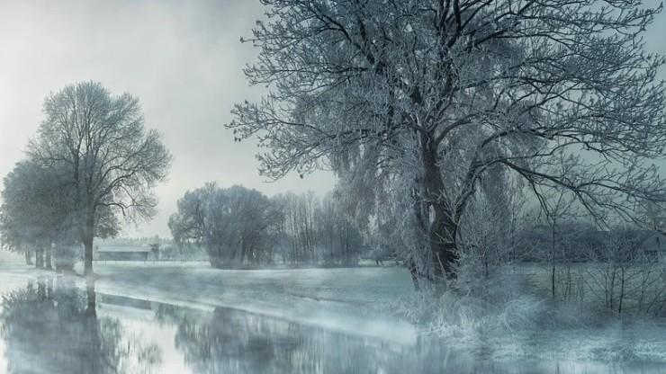Pochmurno, opady śniegu. Pogoda może niekorzystnie wpływać na samopoczucie