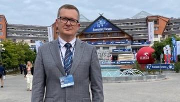 """Białoruski agent na Forum w Karpaczu? Twierdzi, że jest tam """"przez pomyłkę"""""""