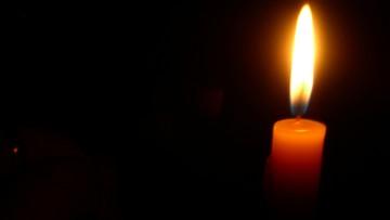 Drogówka na Litwie wręcza kierowcom świece. Mają przypominać, że życie jest kruche