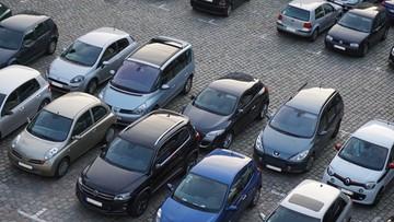 Duży wzrost liczby sprowadzanych i kupowanych samochodów w Polsce