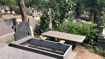 Nie chciała dzielić grobu z synem. Ksiądz zignorował jej wolę